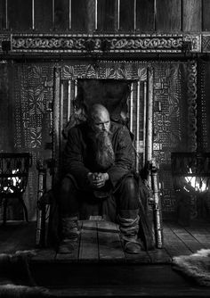 """Awesome pics by Travis Vikings, Ragnar Lothbrok Vikings, Vikings Season 4, Vikings Travis Fimmel, Vikings Tv Series, Vikings Tv Show, Norse Vikings, Lagertha, Films"
