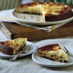 Apple Torte with Pine Nuts and Raisins
