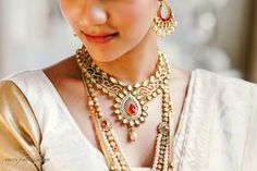 Beautiful Kundan Bridal Jewellery for a Tamil wedding.