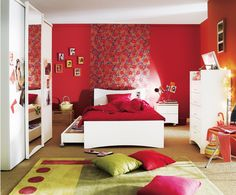 the Tatoo girly bedroom, made by Gautier.