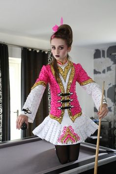 Eire Designs by Gavin Doherty - Original and stylish Irish dancing costumes clasps