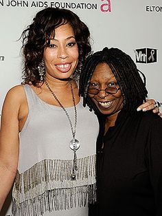 Whoopi Goldberg w/ Daughter Alex Martin Black Celebrities, Famous Celebrities, Beautiful Celebrities, Celebs, Black Actors, Beautiful Family, Beautiful Black Women, Alex Martin, Whoopi Goldberg