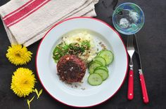 Beetroot patties with herb oil and mashed potatoes