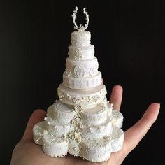 Artist Creates Teeny Tiny Clay Replicas Of Gorgeous Cakes