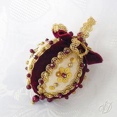 Luxurious Original Beaded Christmas Ornaments - 013 Granátová zlatka