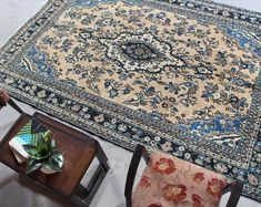 "Floral Vintage Oriental Persian Hooked Area Rug, 6'6"" x 9'6"" , Code: 052755 large rug Oriental Living Room Decor, Rugs In Living Room, Motif Floral, Floral Rug, Floral Design, Floral Vintage, Vintage Rugs, Large Rugs, Small Rugs"