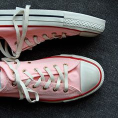 Pink cons ==