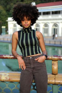 Natural a Hair & style http://www.shorthaircutsforblackwomen.com/natural-hair-breakage-treatment/