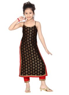 Looking for cute Salwar Suits for your little girl? Check out the delightful kids' suits collection incl. ethnic suits, salwar kameez for kids, Punjabi salwar suits for baby girls & more online on Utsav Fashion. Baby Girl Party Dresses, Dresses Kids Girl, Girl Outfits, Indian Dresses, Indian Outfits, Kids Salwar Kameez, Kids Salwar Suit, Kids Ethnic Wear, Kids Party Wear