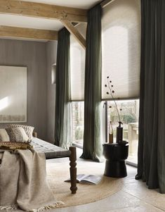 Effect van kleurencombinaties - Home sweet home - Modern Curtains, Curtains With Blinds, Modern Blinds, Home And Living, Living Room, Muebles Living, Living Furniture, Inspired Homes, Window Coverings