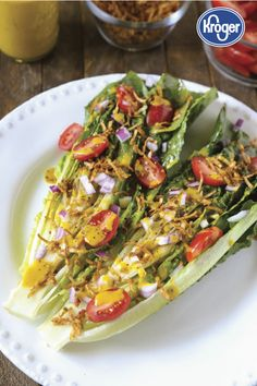 Grilled BLT Salad + Oil-Free Vinaigrette - The Plant Philosophy Vegan Recipes Easy Healthy, Real Food Recipes, Vegan Food, Healthy Foods, Free Recipes, Vegetarian Recipes, Yummy Food, Easy Salads, Summer Salads