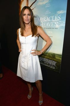 Pin for Later: This Might Be the Hottest Jennifer Garner Has Ever Looked March