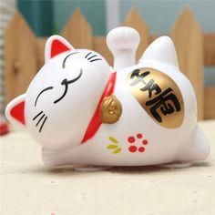 Solar Powered 4 Inch 1/3 Inch Maneki Neko Welcoming Lucky Beckoning Fortune Cat