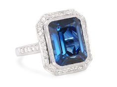 Exceptional No Heat Sapphire Diamond Ring