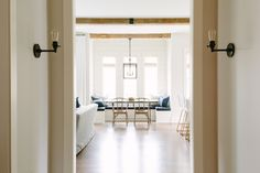 House Tour :: A Simple & Sophisticated Home
