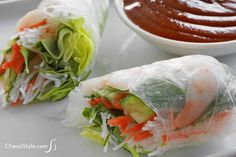 Eat fresh Asian cuisine at home with this shrimp summer rolls recipe!