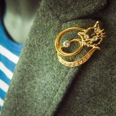 Hollow Cat Brooch to compliment every outfit  #craft365.com