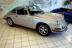 1969 Porsche 911E with Fuchs wheels