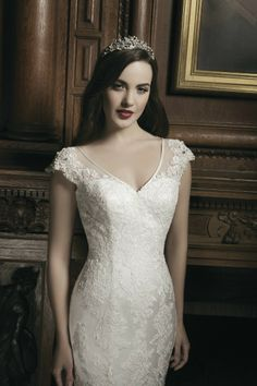 Look (& feel) like royalty on your big day with this gorgeous gown by Justin Alexander! Style #8686   #WeddingDress