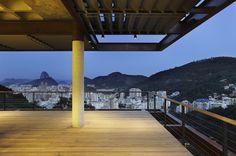 Humaitá - RJ | Arquiteto: Índio da Costa | Construção: Stewart Engenharia