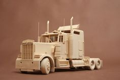Wooden Toy Trucks, Wooden Car, Wooden Toys, Toy Castle, Tools And Equipment, Painting On Wood, Projects To Try, Woodworking, Fruit Custard