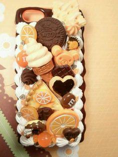 Chocolate Valencia Kawaii Decoden Deco Case for iphone Kawaii Phone Case, Decoden Phone Case, Diy Phone Case, Ipod Cases, Cute Phone Cases, Crea Fimo, Cute Polymer Clay, Cute Cases, Coque Iphone