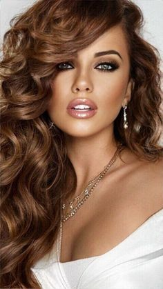 Most Beautiful Faces, Stunning Eyes, Gorgeous Eyes, Beautiful Long Hair, Bride Hairstyles, Pretty Hairstyles, Model Face, Brunette Beauty, Big Hair