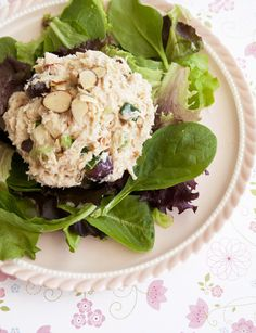 QUICK AND EASY CHICKEN SALAD (slightly adapted from Real Mom Kitchen)
