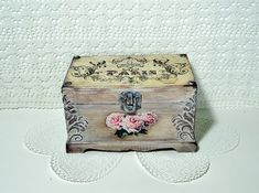 Shabby Сhic brown Jewelry Box Distressed brown by JoliefleurDeco