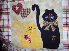 Resultado de imagem para almofadas com gatos patchwork