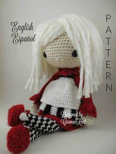 Elvira Amigurumi Doll Crochet Pattern PDF por CarmenRent en Etsy