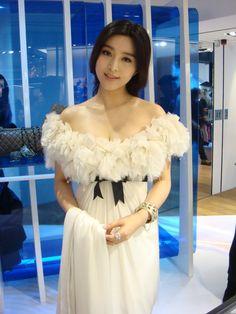 Fan Bingbing - in Chanel.