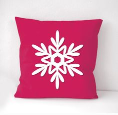 ♥ This listing is for 1 pillow case in fuchsia color background fabric with white snowflake figure microfiber sew on top. ♥ There are 8 Snowflake Pillow, White Snowflake, Snowflakes, Christmas Gift Guide, Christmas Gifts, Blue Pillows, Throw Pillows, Shabby Chic Christmas, Pillow Covers