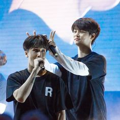 Here's N showing much love to Ravi during last night's VIXX concert in Singapore! Why are they all so adorable? Stay tuned to nylon.com.sg for the full review and more of their concert shenanigans. #nylonsglive #vixx #vixxinsg #빅스 via NYLON SINGAPORE MAGAZINE OFFICIAL INSTAGRAM -Celebrity  Fashion  Haute Couture  Advertising  Culture  Beauty  Editorial Photography  Magazine Covers  Supermodels  Runway Models