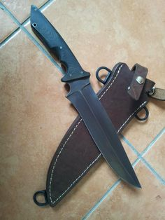 Lonesome Pine Knives Battle Bowie by Larry Harley. Sweet blade!