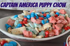 Captain America Puppy Chow Snack Red White and Blue puppy chow recipe. Red White and Blue desserts. Superheroes M&Ms Captain America M&M recipe. Recipes with M&Ms Puppy Chow Snack, Puppy Chow Recipes, Captain America Birthday, Captain America Cake, Blue Desserts, Plated Desserts, Snack Recipes, Dessert Recipes, Chex Mix