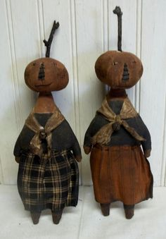 Primitive Grungy Little Halloween Pumpkin Gals Set of 2 Dolls #NaivePrimitive