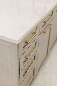 Brilliantly Designed New Build - Grabill Cabinets | White Oak Rift, Edgewood Glaze | Designed by Rachel Eve Design