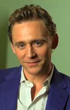 Tom Hiddleston, you're a naughty guy...