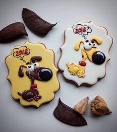 2018?????? УЖЕ???????...да! Скоро!…☺️  ********************************  #family_desserts #instagood #amazing #royalicing #royalicingcookies #cookies #cookieart #cookielove  #icing #icingcookies #decoratedcookies  #имбирныепряники #пряники #имбирноепеченье #ручнаяработа #сладкийстол #candybar #архангельск