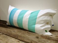 :: Hand-Painted Pillows From Maui ::
