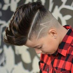 Possible hair cuts for Hayden! Toddler Haircuts, Little Boy Haircuts, Teen Boy Haircuts, Hairstyles Haircuts, Haircuts For Men, Stylish Haircuts For Boys, Haircut Designs, Hair Tattoos, Fashion Mode