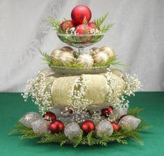 Kerstversiering, Het maken van centerpieces voor de kerst-tafel uit kerstversiering