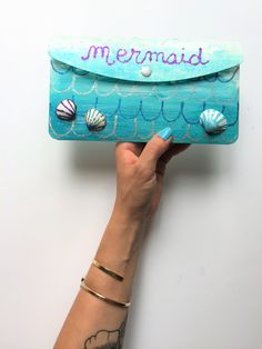 {DIY} Une pochette d'été de Sirène! Girly, Diy For Girls, Kids, Handkerchief Dress, Objects, Birthday, Women's, Young Children, Children