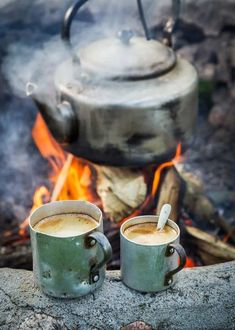 RV And Camping. Great Ideas To Think About Before Your Camping Trip. For many, camping provides a relaxing way to reconnect with the natural world. If camping is something that you want to do, then you need to have some idea Winter Camping, Camping And Hiking, Camping Life, Camping Meals, Tent Camping, Camping Hacks, Outdoor Camping, Hiking Gear, Backpacking Gear