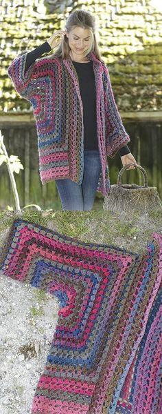granny square poncho Free Crochet Pattern for a Granny Glam Kimono Jacket. Skill Level: Easy Crochet kimono jacket crocheted with double crochet groups and lace pattern. Free Pattern More Patterns Like This! Blouse Au Crochet, Poncho Crochet, Crochet Granny, Cute Crochet, Crochet Crafts, Double Crochet, Easy Crochet, Crochet Stitches, Crochet Projects