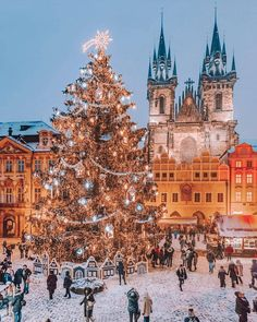 Prague Czech Republic - Architecture and Historic Places - Buildings - Amazing Travel Photography and Sightseeing Destinations Christmas Wonderland, Cosy Christmas, Christmas Feeling, Christmas Lights, Christmas Time, Christmas Markets, Merry Christmas, London Christmas, Europe Christmas