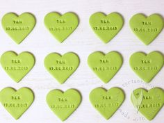 Herz Anhänger mit Initialen und Hochzeitsdatum für Sweettable, Candybar, Hochzeit, Tischdeko  usw von www.tortenfigurn.at Music Instruments, Heart Pendants, Napkins, Ring, Dekoration, Musical Instruments