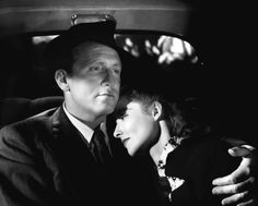 """Katharine Hepburn y Spencer Tracy en """"La Mujer del Año"""" (Woman of the Year), 1942 Hollywood Couples, Old Hollywood Stars, Hooray For Hollywood, Hollywood Actor, Golden Age Of Hollywood, Classic Hollywood, Vintage Hollywood, Hollywood Icons, Hollywood Glamour"""