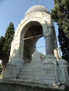 Mahmut Şevket paşa türbesi (Mahmud Shevket Pasha tomb) Şişli, İstanbul.